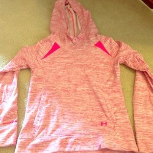 Small under armour sweatshirt, cute and comfy!